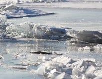 ραγισμένος πάγος Στοκ εικόνα με δικαίωμα ελεύθερης χρήσης