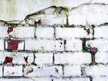 ραγισμένος τούβλο τοίχος Στοκ φωτογραφίες με δικαίωμα ελεύθερης χρήσης