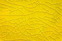 Ραγισμένο βερνικωμένο κεραμίδι Στοκ εικόνα με δικαίωμα ελεύθερης χρήσης