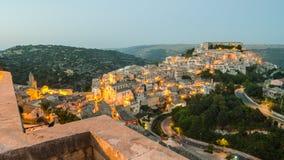 Ραγκούσα Ibla (Σικελία) το βράδυ Στοκ Εικόνες