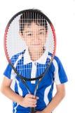 Ρακέτα αντισφαίρισης παιχνιδιού μικρών παιδιών και σφαίρα αντισφαίρισης υπό εξέταση Στοκ εικόνες με δικαίωμα ελεύθερης χρήσης