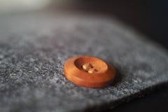 Ραμμένο παιχνίδι κουμπιών με το φως Στοκ φωτογραφία με δικαίωμα ελεύθερης χρήσης