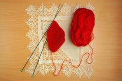 Ραπτική, πλέκοντας βελόνες και τσιγγελάκι Στοκ Εικόνες