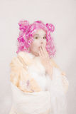 Ραδιουργημένος ή συγκλονισμένος υπερφυσικός θηλυκός χαρακτήρας Στοκ εικόνα με δικαίωμα ελεύθερης χρήσης