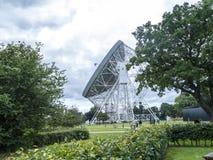 Ραδιο τηλεσκόπιο τράπεζας Jodrell στην αγροτική επαρχία Τσέσαϊρ Αγγλία Στοκ εικόνες με δικαίωμα ελεύθερης χρήσης