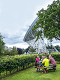 Ραδιο τηλεσκόπιο τράπεζας Jodrell στην αγροτική επαρχία Τσέσαϊρ Αγγλία Στοκ Φωτογραφία