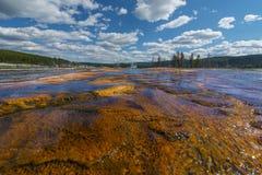 Ρεύμα κάτω από τη λίμνη σαπφείρου Στοκ Εικόνες