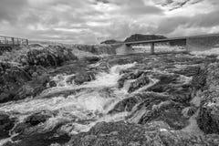 Ρεύμα και γέφυρα Στοκ Εικόνα
