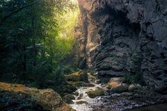 Ρεύμα νερού από τη σπηλιά Lod Yai Στοκ Εικόνα