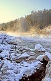 Ρεύμα χειμερινών βουνών Στοκ εικόνα με δικαίωμα ελεύθερης χρήσης