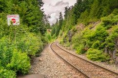 ρηχή διαδρομή σιδηροδρόμων πεδίων βάθους στοκ εικόνες με δικαίωμα ελεύθερης χρήσης