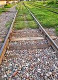ρηχή διαδρομή σιδηροδρόμων πεδίων βάθους Στοκ Φωτογραφίες