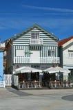 Ριγωτά χρωματισμένα σπίτια, Nova πλευρών, $μπέιρα Litoral, Πορτογαλία, ΕΥΡ Στοκ Εικόνα