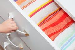 ριγωτή πετσέτα Στοκ φωτογραφία με δικαίωμα ελεύθερης χρήσης