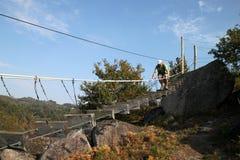 ριζοσπάστης ατόμων γεφυρών Στοκ εικόνα με δικαίωμα ελεύθερης χρήσης