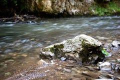 Ροή ποταμών σε Slovensky Raj Στοκ φωτογραφίες με δικαίωμα ελεύθερης χρήσης