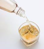 ροή ποτών Στοκ εικόνα με δικαίωμα ελεύθερης χρήσης