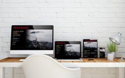 ροή σειράς υπολογιστών γραφείου multidevice Στοκ Εικόνες