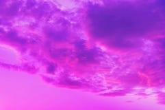 Ροζ-μπλε σύννεφα στοκ φωτογραφία