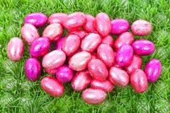 ροζ χλόης αυγών Πάσχας Στοκ Εικόνες