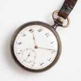 Ρολόγια που απομονώνονται παλαιά στοκ φωτογραφία