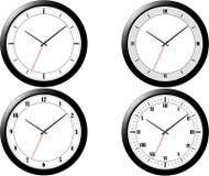 ρολόγια τέσσερα σύγχρον&alpha Στοκ Φωτογραφία