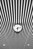 Ρολόι και γραμμές Στοκ φωτογραφία με δικαίωμα ελεύθερης χρήσης