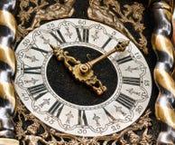ρολόι μεταφορών παλαιό στοκ εικόνες