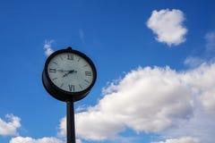 Ρολόι οδών στοκ φωτογραφία με δικαίωμα ελεύθερης χρήσης