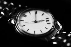Ρολόι παλαιών χεριών για στενό επάνω ύφους ατόμων εκλεκτής ποιότητας στοκ φωτογραφίες με δικαίωμα ελεύθερης χρήσης