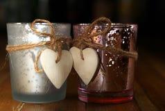 Ρομαντικά ποτά ημέρας βαλεντίνων με τις καρδιές στοκ φωτογραφία με δικαίωμα ελεύθερης χρήσης
