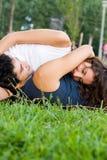 ρομαντικές νεολαίες ζευγών Στοκ Φωτογραφία
