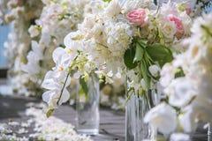 Ρομαντική γαμήλια τελετή στοκ φωτογραφία