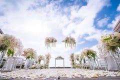 Ρομαντική γαμήλια τελετή στοκ εικόνα με δικαίωμα ελεύθερης χρήσης
