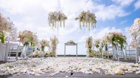 Ρομαντική γαμήλια τελετή στοκ εικόνες