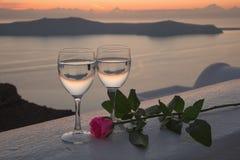 Ρομαντική σκηνή στο νησί Santorini, Ελλάδα Στοκ Φωτογραφίες