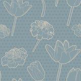 Ρομαντικό άνευ ραφής floral εκλεκτής ποιότητας ιαπωνικό μπλε σχέδιο τουλίπα-marigold Στοκ εικόνες με δικαίωμα ελεύθερης χρήσης