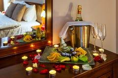 Ρομαντικό γεύμα για τους εραστές Στοκ φωτογραφίες με δικαίωμα ελεύθερης χρήσης