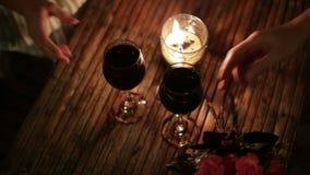 Ρομαντικό γεύμα στο εστιατόριο απόθεμα βίντεο