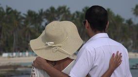 Ρομαντικό ζευγάρι παντρεμένο ή που χρονολογεί απόθεμα βίντεο