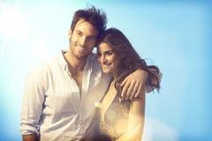 Ρομαντικό ζεύγος στο καλοκαίρι στοκ φωτογραφία με δικαίωμα ελεύθερης χρήσης