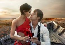 Ρομαντικό ζεύγος στοκ φωτογραφίες με δικαίωμα ελεύθερης χρήσης