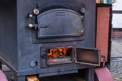 Ρομαντικό καυσόξυλο εστιών Στοκ Φωτογραφίες