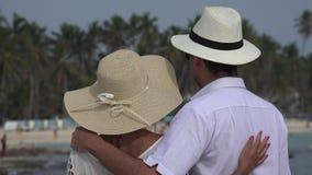 Ρομαντικό παντρεμένο ζευγάρι απόθεμα βίντεο