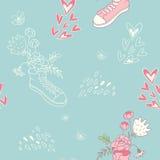 Ρομαντικό σχέδιο με τα πάνινα παπούτσια και τα λουλούδια Στοκ εικόνα με δικαίωμα ελεύθερης χρήσης