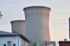 Δροσίζοντας πύργοι Στοκ εικόνες με δικαίωμα ελεύθερης χρήσης