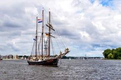 $ΡΟΣΤΟΚ, ΓΕΡΜΑΝΙΑ - ΤΟΝ ΑΎΓΟΥΣΤΟ ΤΟΥ 2016: πλέοντας σκάφος Hendrika Bartelds Στοκ Φωτογραφία