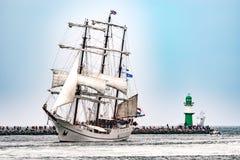 $ροστόκ, Γερμανία - τον Αύγουστο του 2016: Πλέοντας σκάφος Artemis στη θάλασσα της Βαλτικής Στοκ Εικόνες