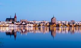 $ροστόκ στην όψη Ποταμός Warnow και λιμένας πόλεων Στοκ Εικόνα
