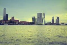 ΡΟΤΕΡΝΤΑΜ, ΟΙ ΚΑΤΩ ΧΏΡΕΣ - 18 ΑΥΓΟΎΣΤΟΥ: Το Ρότερνταμ είναι ένας τρόπος πόλεων Στοκ φωτογραφία με δικαίωμα ελεύθερης χρήσης